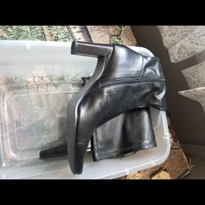 Black boots knee high